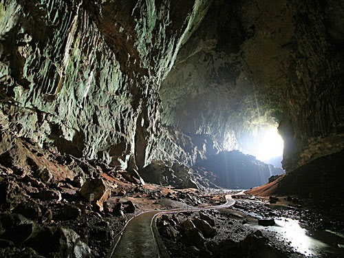 Fez da caverna de adulão um tabernáculo sacerdotal